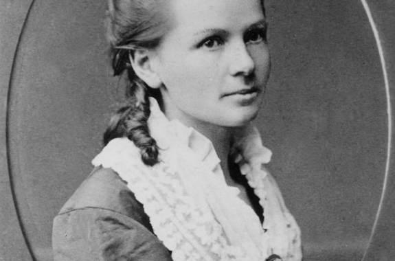 Bertha Benz 1871-ben (Ismeretlen fotográfus felvétele)