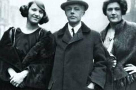 Balról: Jelly D'Arányi, ismeretlen férfi, Ethel Hobday