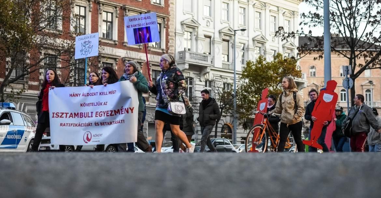 Tüntetés a nők elleni erőszakkal szemben