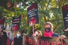 A Nőkért Egyesület demonstrációja 2021. szept. 23-án (Fotó: Csöre András)