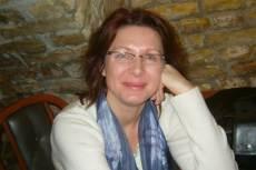 Juhász Valéria, a Nőkért Egyesület tagja